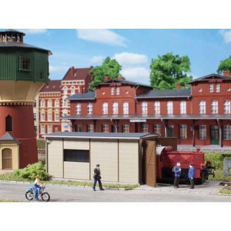 Remise pour locotracteur HO Auhagen 11429