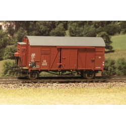 Wagon couvert DB Oppeln Gmrhs30 avec guérite HO Exact-Train. Epoque III