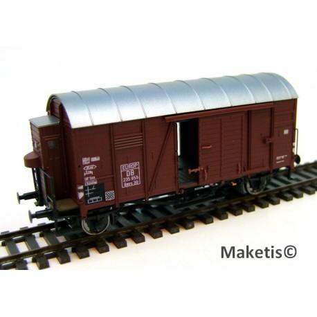 Wagon couvert DB Oppeln Gmrhs30 avec guérite HO Exact-Train. Epoque III