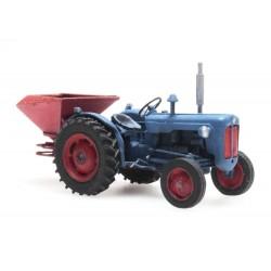 Tracteur Ford avec épandeur HO Artitec REE 387347