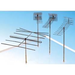 Antennes télévision et radio, 4 pièces HO Weinert 3245
