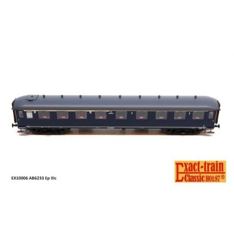 Voiture NS AB6233 bleu Berlin, toit gris HO Exact-Train. Epoque IIIc
