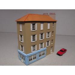 Maison de ville angle R+3 'Au bon coin' échelle N Cités-Miniatures BV-013-N