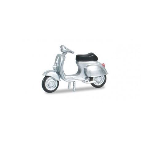 Vespa 50R couleur argent, HO, Herpa 053143-003