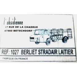 Camion Berliet STRADAIR Laitier Obsidienne 1027