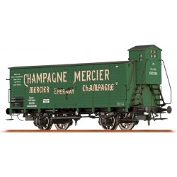 "Wagon couvert à essieux ""Champagne Mercier"" SNCF Ep III HO Brawa 49777"