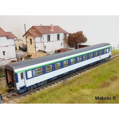 Set 2 voitures Corail VU Couchettes 1 et 2ème classe SNCF Ep VI HO PIKO 58654