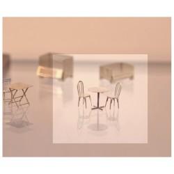 Chaises et tables de bistrot [HO]