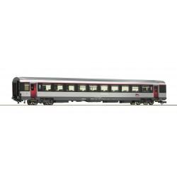 Voiture 2ème classe VTU Corail SNCF Ep VI HO Roco 74544 - Maketis