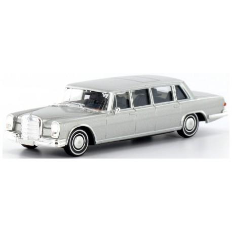 Mercedes Benz 600, Pullmann, argent HO Brekina-Starmada 13005 - Maketis