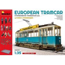 Tramway Européen (type 641) avec figurines et accessoires 1/35 Miniart 38009 - Maketis