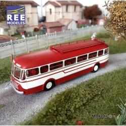 Autocar R4190 Rouge et Crème - Transport Mousset - Longwy (54) HO REE CB-125 - Maketis