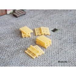 Euro palettes couleur bois (10 pcs) HO PT TRAINS 210100 - Maketis