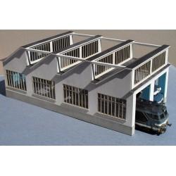 Atelier Remise 2 voies toiture Shed style 'La Chapelle' – Echelle HO Cités Miniatures BF-004-2-HO