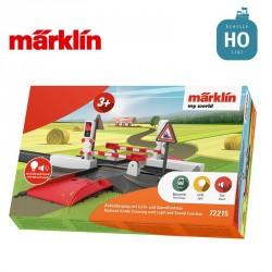 """Passage à niveau lumineux et sonore """"my world"""" HO Märklin 72215 - Maketis"""
