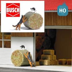 Chien chassant un chat HO Busch 7920