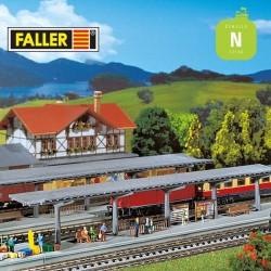 2 quais modernes couverts N Faller 222126 - Maketis
