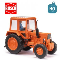 Tracteur MTS-82 avec conducteur HO Busch 51314 - Maketis