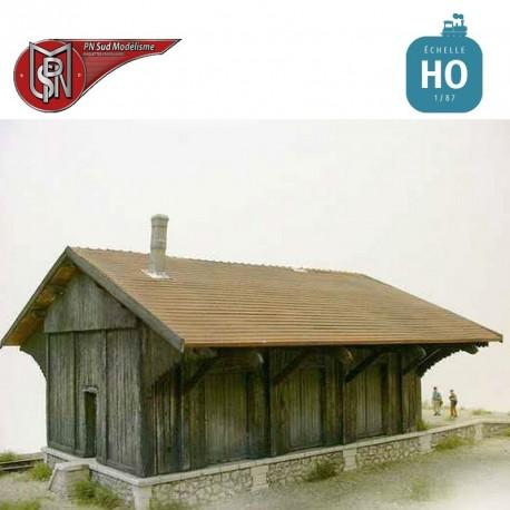 3-door wooden goods shed H0 PN Sud Modelisme 87104 - Maketis