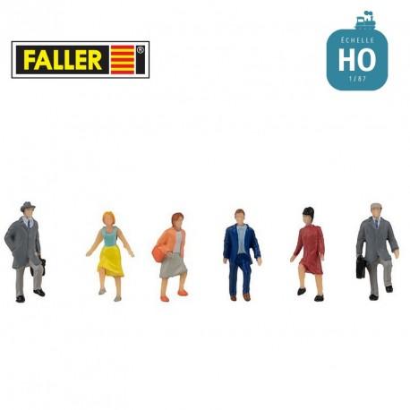 Personnes montant un escalier HO Faller 151626 - Maketis