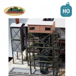 Maison de treuil type windenhaus, simple, avec tour d'escalier