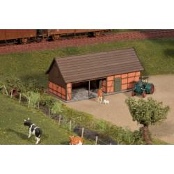 Cattle shelter, brown brick - Joswood 23003 - MAKETIS
