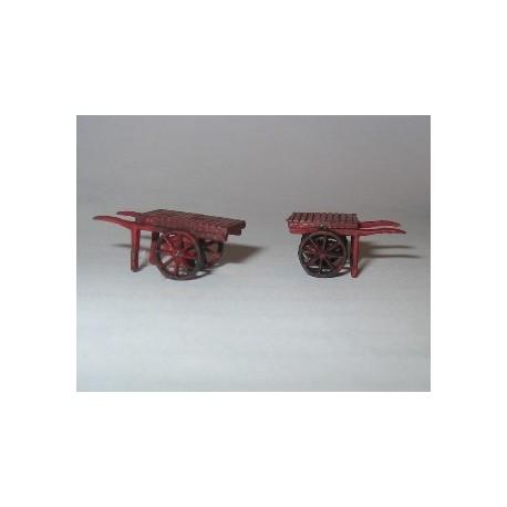 2 charrettes à bras psc.