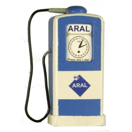 Pompe à essence ARAL