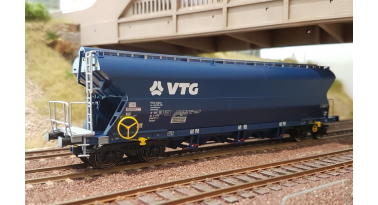 Nouveaux wagons céréaliers VTG Tagnpps 102 m3 NME en HO